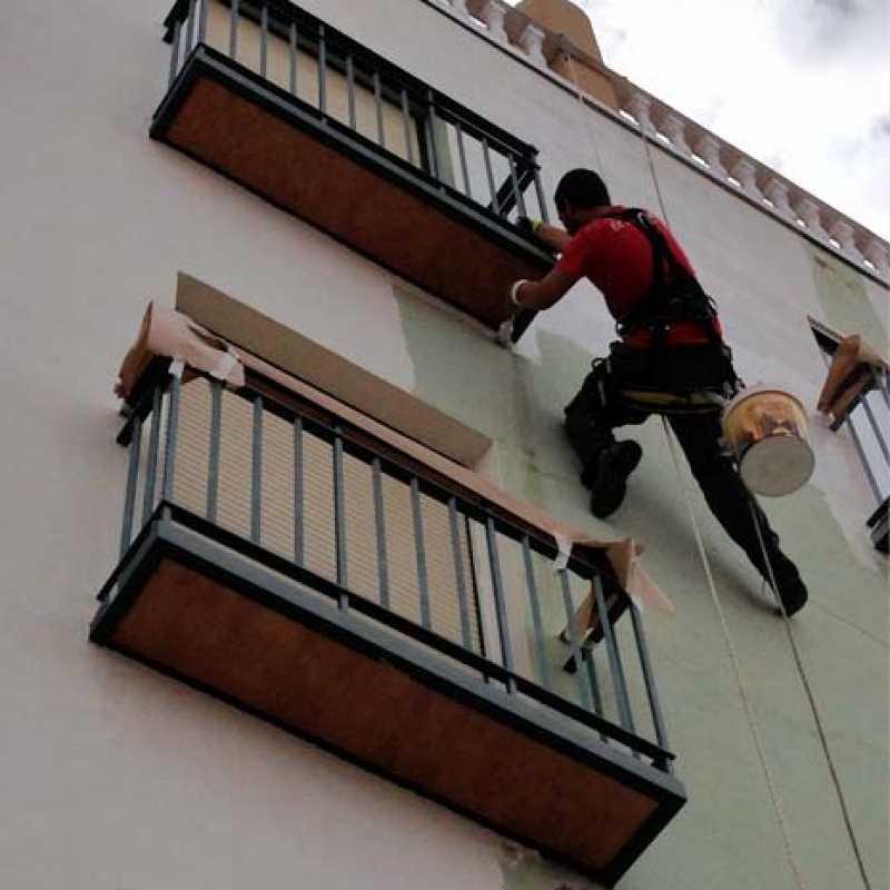 Pintado de fachada de edificio