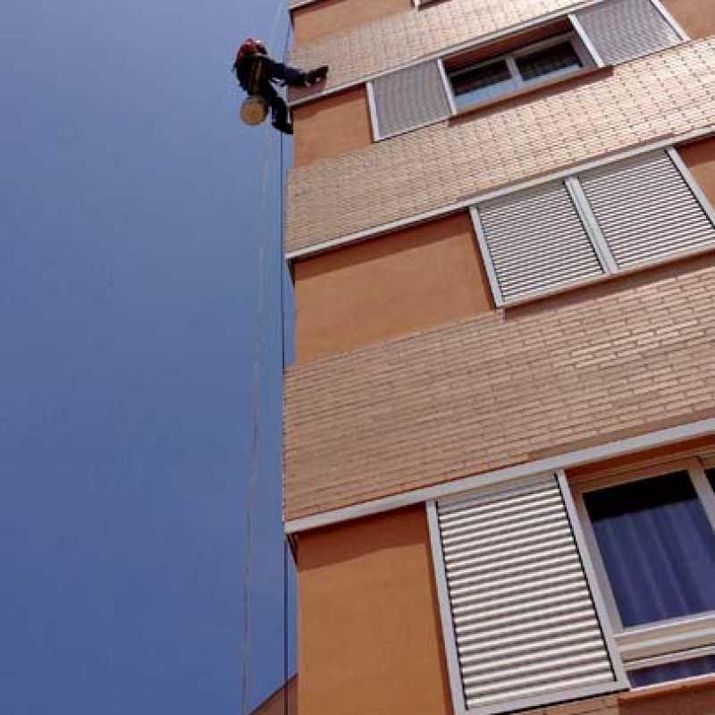 Reparación en fachada