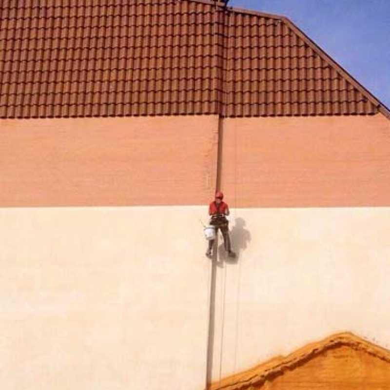 Impermeabilización de hastial de edificio
